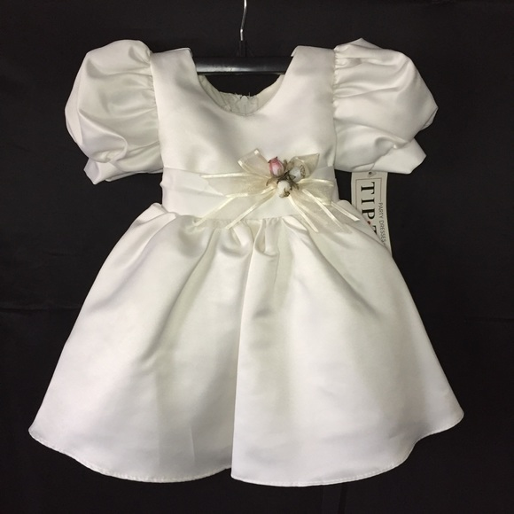 08a40f26216c Baby Girl Wedding Christening Dress Size 3-6 month NWT